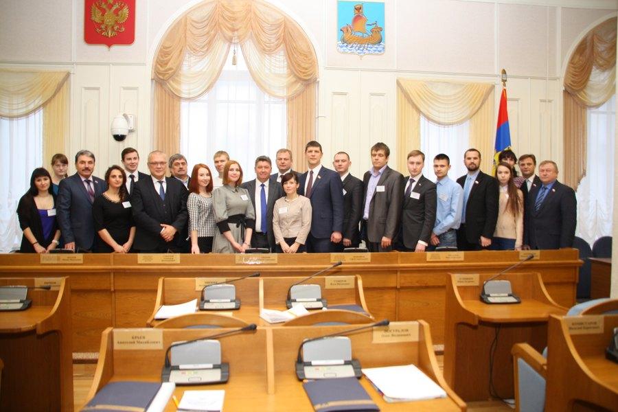 Новый состав молодых политиков