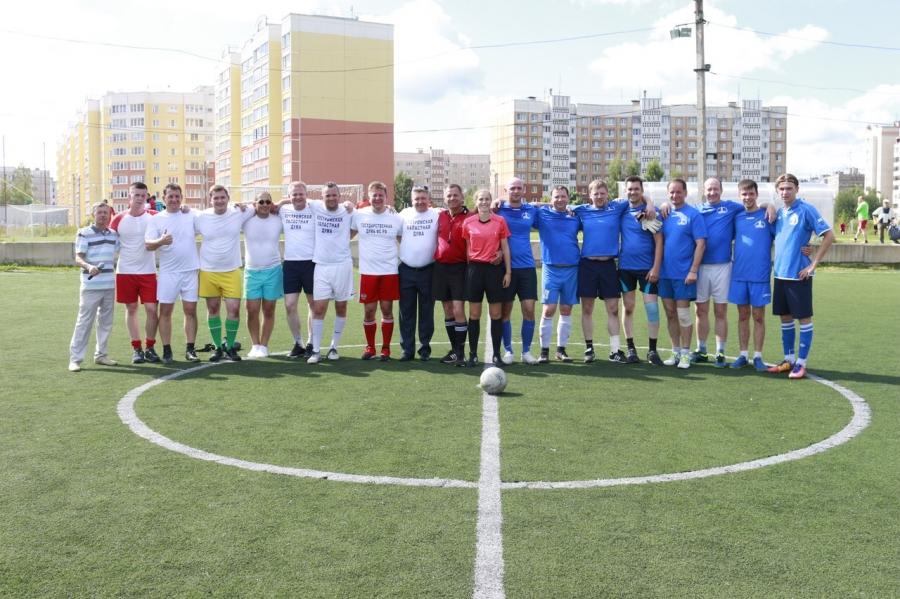 Товарищеские матчи депутатов