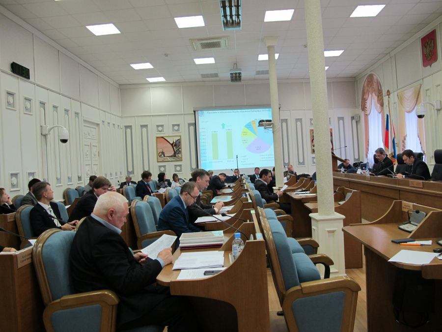 Бюджет: работа в комитетах