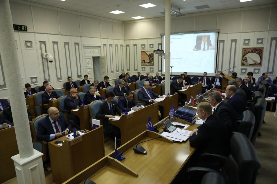 Лидеры фракций о бюджете-2020